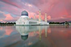 Επιπλέον μουσουλμανικό τέμενος Kinabalu Sabah Kota Στοκ Εικόνες