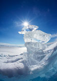 Επιπλέων πάγος και ήλιος πάγου χειμερινό Baikal στη λίμνη Στοκ Φωτογραφία