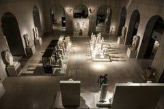Επισκέπτες στο εθνικό μουσείο Archeological της Μαδρίτης Στοκ Εικόνες