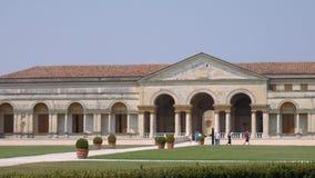 Επισκέπτες Palazzo Te στην απόσταση, Mantua φιλμ μικρού μήκους