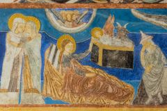 Επισκέψεις Elisabeth της Mary Ο Ιησούς γεννιέται στο σταύλο Μεσαιωνικό wal στοκ εικόνα