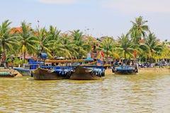 Επισκεμμένος τη βάρκα σε Hoi, παγκόσμια κληρονομιά της ΟΥΝΕΣΚΟ του Βιετνάμ Στοκ φωτογραφίες με δικαίωμα ελεύθερης χρήσης