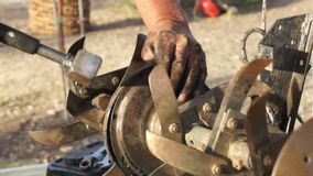 Επισκευή της μηχανής αρότρων (4) φιλμ μικρού μήκους