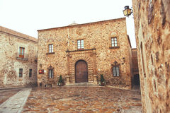 Επισκοπικό παλάτι, Plaza de Σάντα Μαρία, Caceres, Εστρεμαδούρα, Ισπανία Στοκ φωτογραφία με δικαίωμα ελεύθερης χρήσης