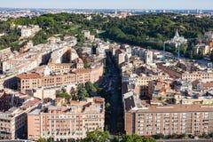 Επισκόπηση της Ρώμης άνωθεν που παρουσιάζει ορόσημα Στοκ Εικόνες