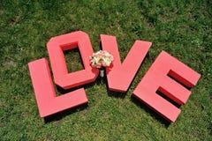 Επιστολές αγάπης στη χλόη Στοκ Εικόνες