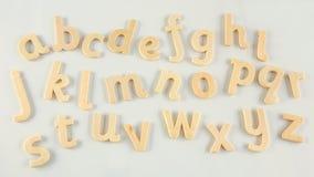 επιστολές αλφάβητου ξύλ&io Στοκ εικόνα με δικαίωμα ελεύθερης χρήσης