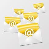 Επιστολές και ηλεκτρονικά ταχυδρομεία Στοκ Φωτογραφίες
