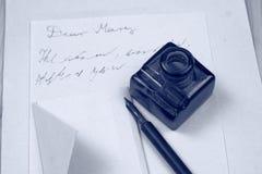 Επιστολή αγάπης και μάνδρα πηγών Στοκ εικόνες με δικαίωμα ελεύθερης χρήσης