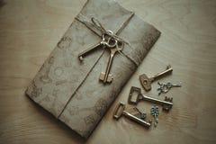 Επιστολή και τα κλειδιά Στοκ Εικόνες