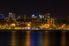 επιτραπέζια χρήση φωτογραφιών νύχτας τοπίων εγκαταστάσεων εικόνας ανασκόπησης όμορφη Στοκ εικόνες με δικαίωμα ελεύθερης χρήσης