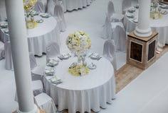 Επιτραπέζιες διακοσμήσεις δεξίωσης γάμου στοκ φωτογραφία