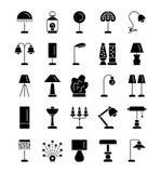 Επιτραπέζιοι λαμπτήρες των διαφορετικών τύπων Σύνολο ελαφριών κοu'φωμάτων για το bedroo Στοκ Φωτογραφία