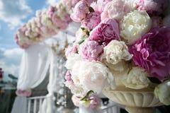 επιτραπέζιος γάμος γυαλιών εστίασης Στοκ φωτογραφία με δικαίωμα ελεύθερης χρήσης