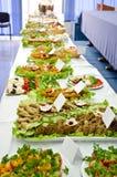 Επιτραπέζιο σύνολο τομέα εστιάσεως των ορεκτικών τροφίμων. Στοκ Εικόνες