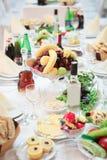Επιτραπέζιο σύνολο των τροφίμων Στοκ φωτογραφία με δικαίωμα ελεύθερης χρήσης
