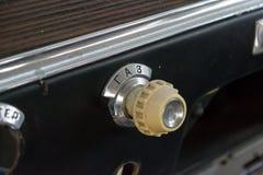 Επιτροπή κουμπιών καυσίμων οργάνων του παλαιού ρωσικού αυτοκινήτου του exec στοκ εικόνα