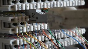 Επιτροπή τηλεφωνικών τηλεφωνικών κέντρων με τα καλώδια φιλμ μικρού μήκους
