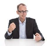 Επιτυχής απομονωμένος επιχειρηματίας που απομονώνεται πέρα από το άσπρο υπόβαθρο Στοκ εικόνα με δικαίωμα ελεύθερης χρήσης