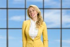 Επιτυχής νέα επιχειρησιακή κυρία Στοκ Εικόνες
