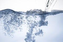 Επιφάνεια νερού με το κύμα Στοκ Φωτογραφία
