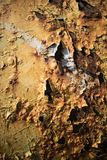 Επιφάνεια που χρωματίζεται μεταλλική με πολλή σκουριά στοκ εικόνα