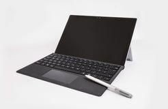 Επιφάνεια της Microsoft Pro4 με stylus και το πληκτρολόγιο Στοκ Εικόνες