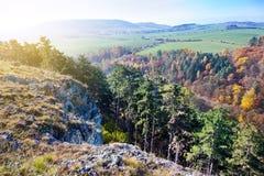 Επιφύλαξη Kotyz, σπηλιές Koneprusy, τσεχικό καρστ, Δημοκρατία της Τσεχίας στοκ φωτογραφία με δικαίωμα ελεύθερης χρήσης