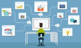 Επιχείρηση ανθρώπων που λειτουργεί τη σε απευθείας σύνδεση εφαρμογή δικτύων Διαδικτύου Στοκ Εικόνες