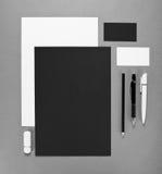 Επιχείρηση προτύπων για το μαρκάρισμα Εταιρικό σχέδιο προτύπων ταυτότητας Επιχειρησιακά χαρτικά Στοκ Φωτογραφία