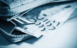 Επιχείρηση, χρηματοδότηση, επένδυση, αποταμίευση και έννοια μετρητών - το στενό u Στοκ φωτογραφίες με δικαίωμα ελεύθερης χρήσης