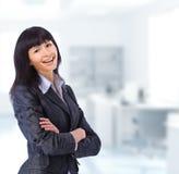 επιχείρηση brunette η γυναίκα γραφείων της Στοκ Φωτογραφία