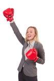 Επιχειρηματίας γυναικών με τα εγκιβωτίζοντας γάντια Στοκ εικόνα με δικαίωμα ελεύθερης χρήσης