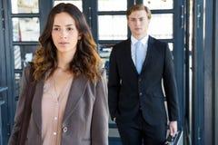επιχειρηματίας και επιχειρηματίας στην αρχή Στοκ Εικόνα