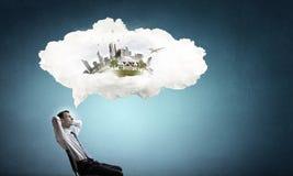 Επιχειρηματίας και ιδέες στο κεφάλι του Στοκ Εικόνα