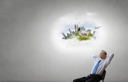 Επιχειρηματίας και ιδέες στο κεφάλι του Στοκ εικόνα με δικαίωμα ελεύθερης χρήσης