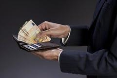 Επιχειρηματίας και πορτοφόλι Στοκ εικόνα με δικαίωμα ελεύθερης χρήσης