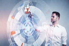 Επιχειρηματίας και ψηφιακή οθόνη cyber Στοκ Φωτογραφία