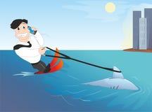 Επιχειρηματίας με έναν καρχαρία Στοκ εικόνες με δικαίωμα ελεύθερης χρήσης