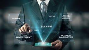 Επιχειρηματίας με την έννοια ολογραμμάτων απόδοσης της επένδυσης ROI απόθεμα βίντεο