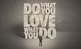 Επιχειρηματίας με την αγάπη τι κάνετε τις συμβουλές Στοκ φωτογραφία με δικαίωμα ελεύθερης χρήσης