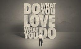 Επιχειρηματίας με την αγάπη τι κάνετε τις συμβουλές Στοκ εικόνες με δικαίωμα ελεύθερης χρήσης