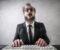 Επιχειρηματίας με τον υπολογιστή Στοκ φωτογραφία με δικαίωμα ελεύθερης χρήσης