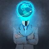 Επιχειρηματίας με το λαμπτήρας-κεφάλι ως κοινωνική έννοια δικτύων Στοκ Εικόνες