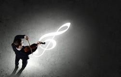 Επιχειρηματίας με το βιολί Στοκ Εικόνες