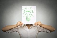 Επιχειρηματίας με το βολβό πράσινου φωτός αντί του κεφαλιού ελεύθερη απεικόνιση δικαιώματος