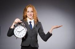 Επιχειρηματίας με το ρολόι Στοκ φωτογραφίες με δικαίωμα ελεύθερης χρήσης