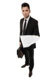 Επιχειρηματίας με το χαρτοφύλακα που εμφανίζει μια σύμβαση Στοκ Φωτογραφία