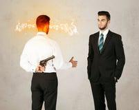 0 επιχειρηματίας με το όπλο Στοκ εικόνα με δικαίωμα ελεύθερης χρήσης