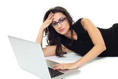 Επιχειρηματίας με το lap-top Στοκ εικόνα με δικαίωμα ελεύθερης χρήσης